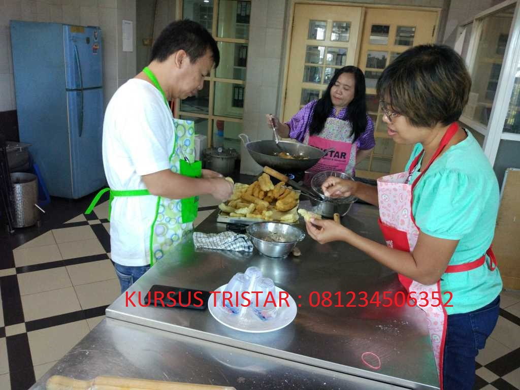 Pelatihan Tristar – Cakwe, Roti Bolang Baling, Ote – Ote Porong